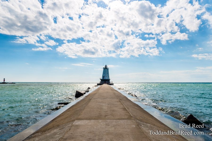 Ludington Lighthouse During Workshop (0503)
