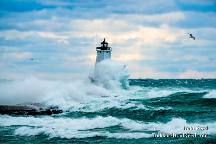 Ludington Lighthouse Storm (2305)
