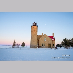 Straits of Mackinac Ice Lighthouse (8861)